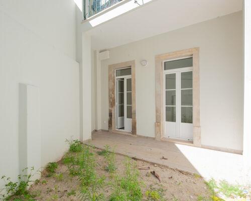 T 1+1 Duplex na Graça com Pátio   Construção nova