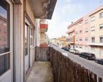 T2 apartment in Pontinha
