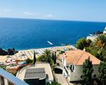 Cozy One Bedroom Apartment (T1) with pool in Funchal. Apartments Of The Sea.