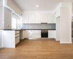 Apartamento de 4 assoalhadas totalmente remodelado em Cacilhas