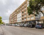 Amplo Apartamento T3 sito na zona premium do Feijó