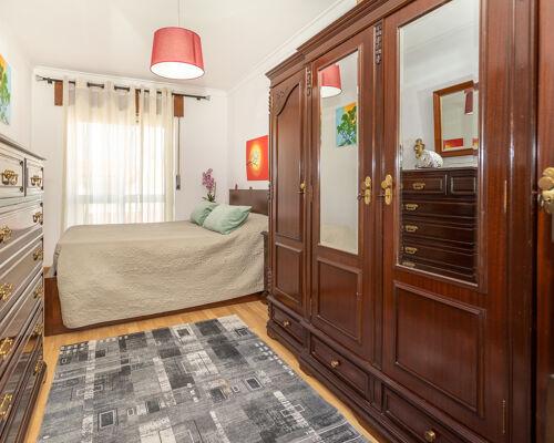 Appartement de 3 chambres - avec balcon et porche fermé - Feijó - Almada