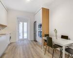 Apartamento T2 C/Terraço, totalmente remodelado em Arroios