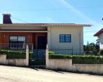 Moradia Isolada com anexos e garagem