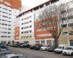 Apartamento 4 assoalhadas em Alfragide com lugar de estacionamento e arrecadação