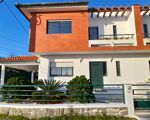 T4 House For sale with Sea View in Afife, Viana