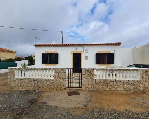 Villa de 2 chambres avec patio près des plages de Ria Formosa
