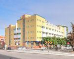 Escritório em Sacavém com 63,47 m2 e com 3 lugares de estacionamento.