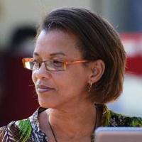 Célia Barros