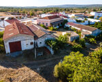 Quinta com moradia senhorial T6 e terreno de 2,49 hectares em Alcaria, Paderne, Albufeira