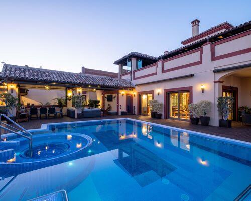 Villa en venta Benalmádena