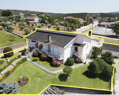 Maison de 5 chambres avec balcon, jardin, grande terrasse, garage, aire de loisirs et terrain dans un endroit calme à 10 min. de Vila Nova de Poiares