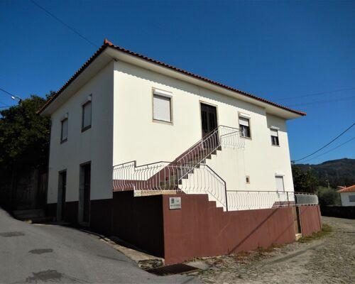 Magnífica Moradia T4 em Barroselas, Viana do Castelo.