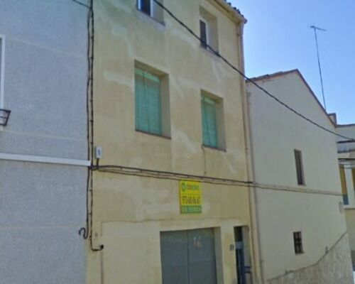 ARBECA (Lleida) - 3 chambres -1 salle de bain