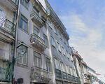 Edifício para recuperação total   5 apartamentos + 1 loja com 2 pisos   Mouraria