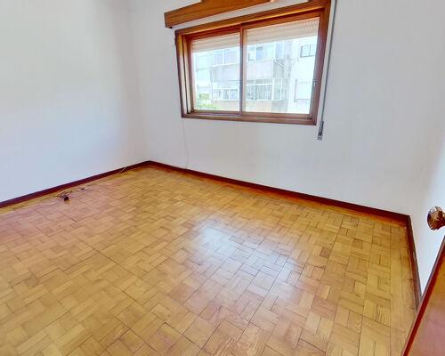 Apartamento T2+1 ( andar Moradia ), Matosinhos.