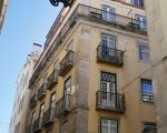 Apartment to renovate, an investment opportunity in Lisbon