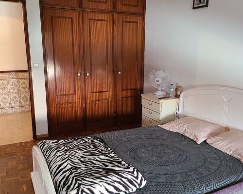 Apartamento T2 com excelentes áreas e com muita luz natural