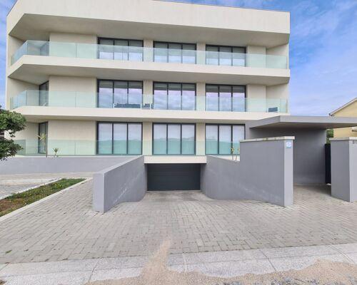 Apartamento T2 - Novo- 1º Linha de Mar - Apulia