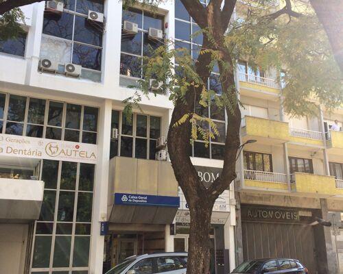 Lugar de estacionamento na Avenida Conde Valbom