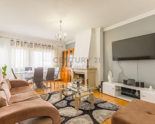Apartamento T2 + T0 na Quinta do Conde