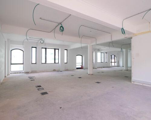 Commercial building for sale in Alcântara /hostel/hotel/coworking