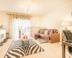 Apartamento T2 em Sesimbra em excelente estado de conservação