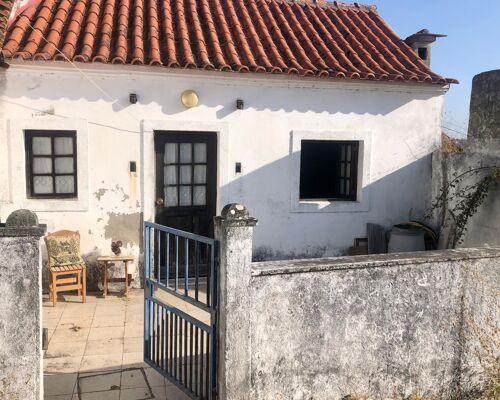 House in Carreira do Mato, Abrantes near Aldeia do Mato River Beach, Castelo de Bode dam