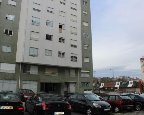 Apartamento T2 em Maximinos