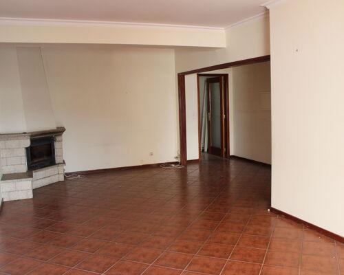 Apartamento T3 no centro da Póvoa de Lanhoso
