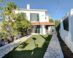 Maison T3 avec, garage, jardin et porche à Sabugo (Sintra)