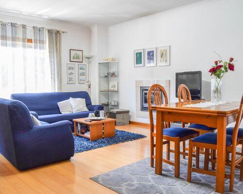 Apartamento T3+ Sotão+ Garagem