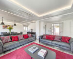 Appealing and spacious 3-bedroom apartment, located in the sought after golf and beach resort of Vale do Lobo.