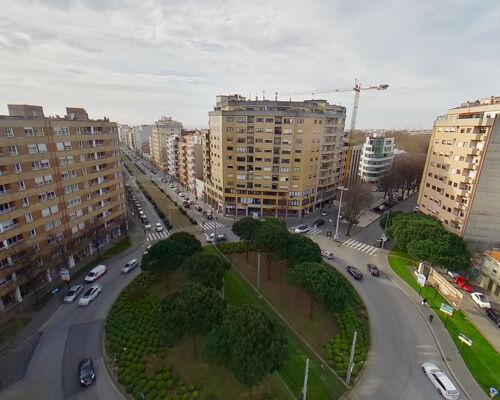 "Apartment 3 Bedrooms with terrace, in Matosinhos, Porto - close to the metro stop ""Camara de Matosinhos"" and to Burger King"