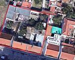 Lote de 500 m2 (área total) com 5 pequenas  moradias para reconstrução, Possibilidade de construção de prédio (ler  com atenção)
